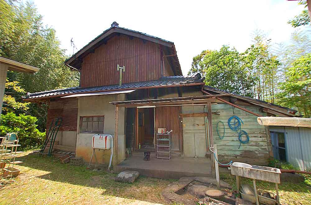 離れに住みながらリノベーションできる家 木津川市加茂町